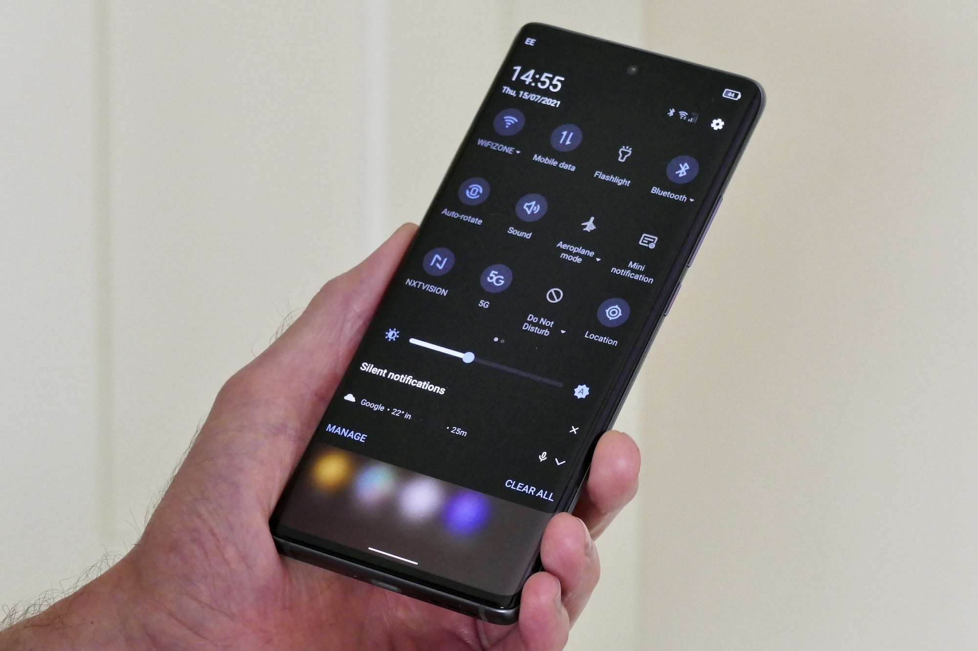 Quick Setting screen on the TCL 20 Pro 5G.