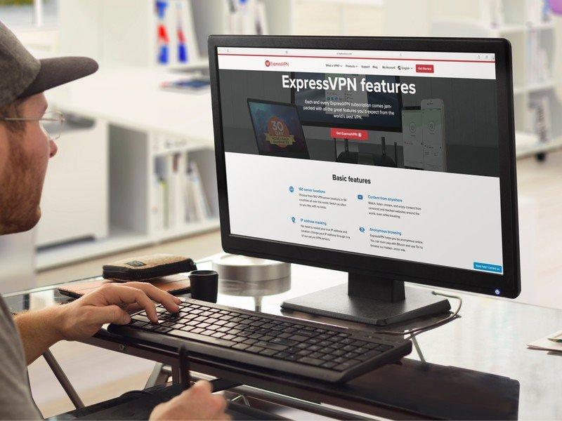 expressvpn-monitor-mockup-placeit.jpg?it