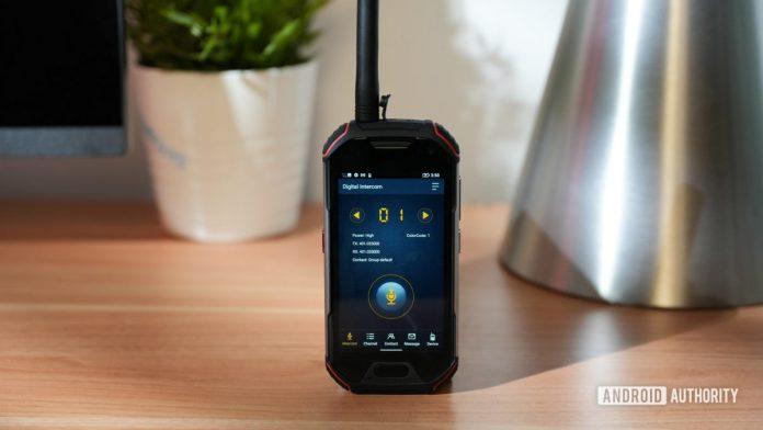 Unihertz Atom XL review: Walkie-talkie meets smartphone