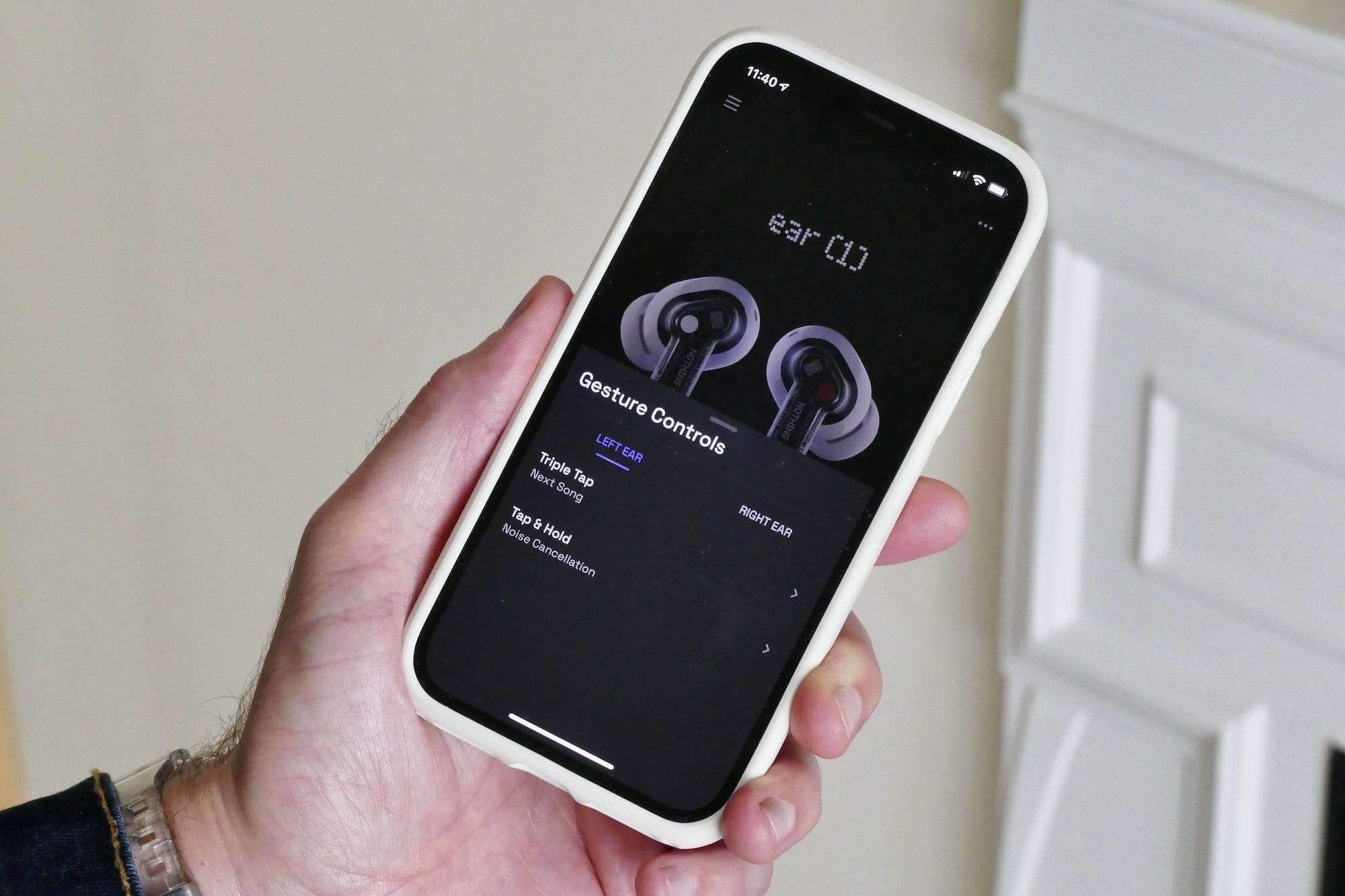 Nothing Ear 1 app's gesture control settings.