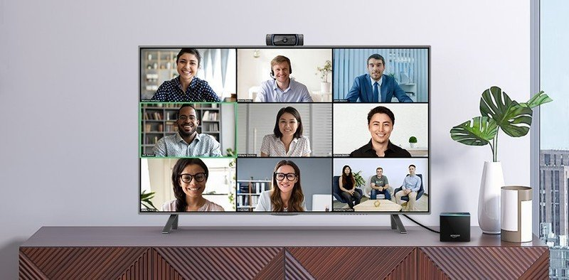 amazon-fire-tv-cube-zoom-call-lifestyle.