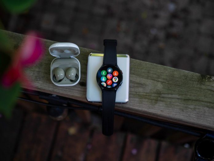 Does the Galaxy Watch 4 support offline music playback?