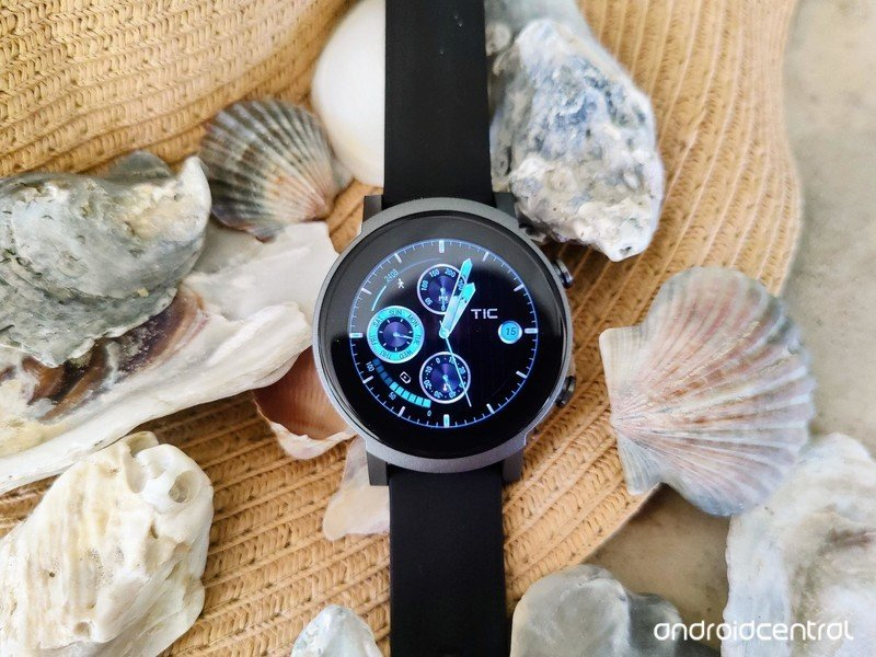 ticwatch-e3-lifestyle-01.jpg