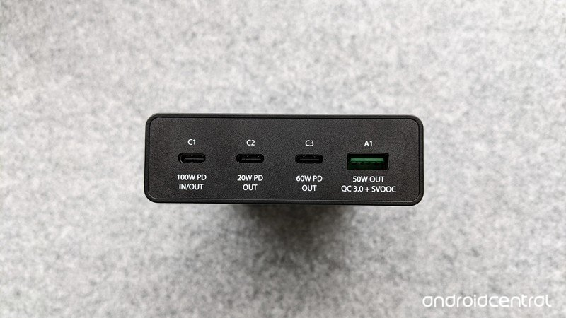 chargeasap-flash-pro-ports-depth.jpg