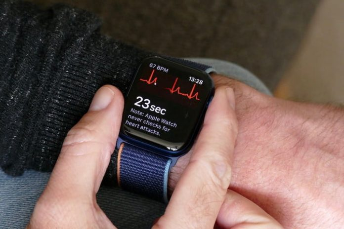 Apple Watch Series 7 rumors point toward design refresh and bigger screen