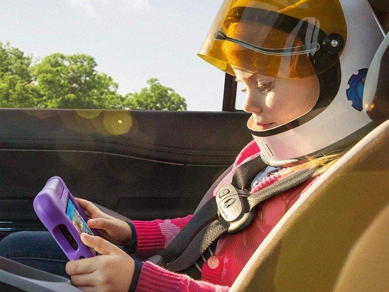amazon-fire-7-kids-lifestyle.jpg