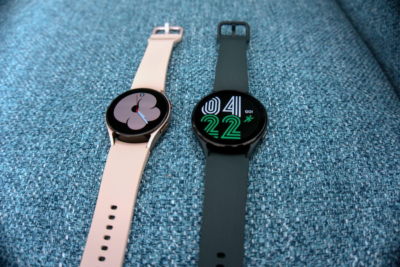 Watch 4 sizes showing screen.