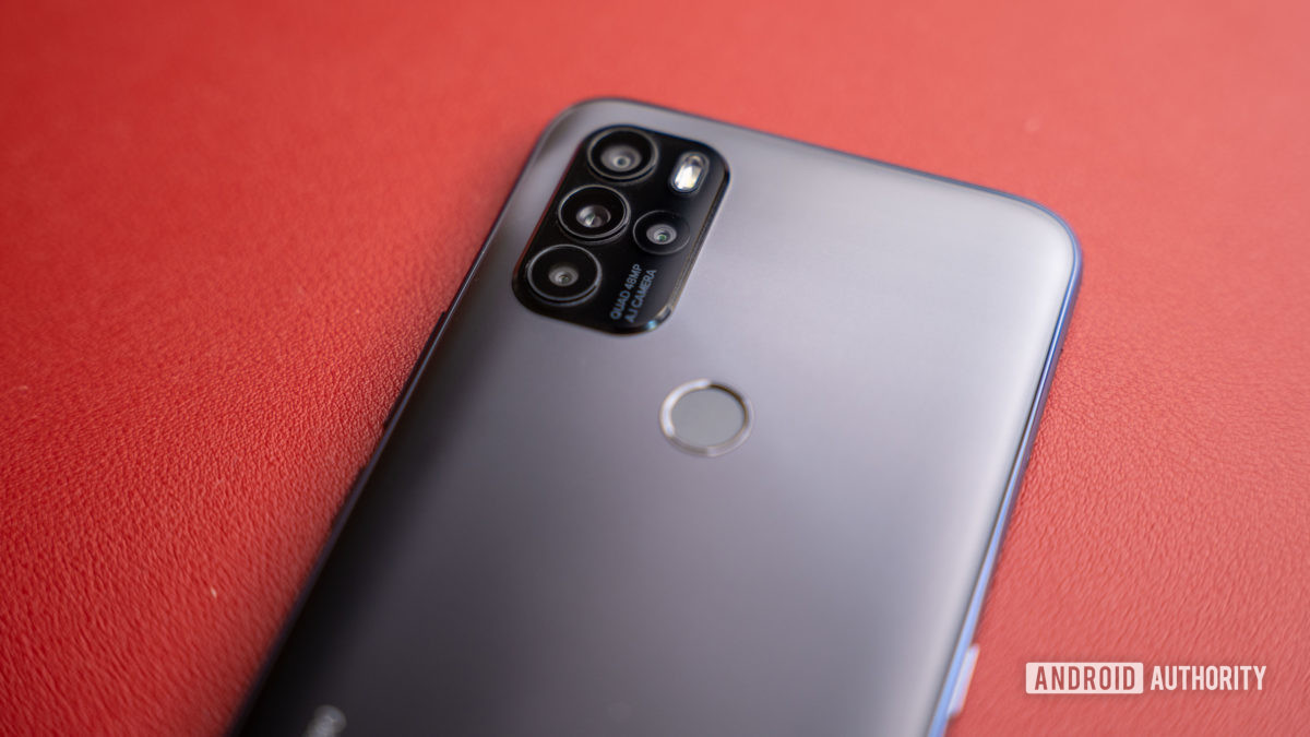 Camera module of the Blu G91 Pro laying on red table