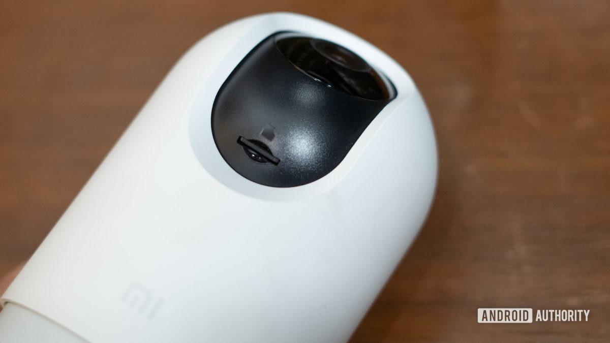 Mi 360 Home Security cam microSD slot