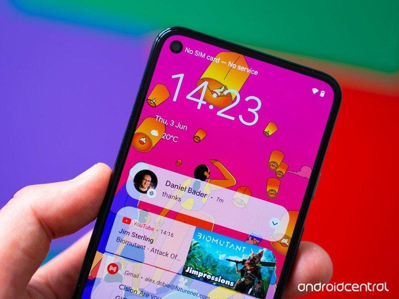 android-12-hero-lock-screen-notification