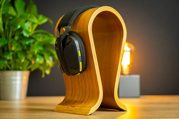 Logitech G435 gaming headset review: Too cheap to be good