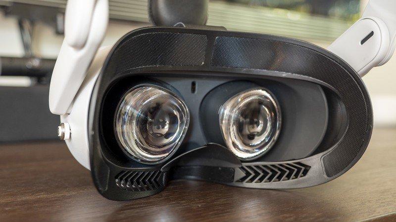 kiwi-quest-2-facial-interface-inside-no-