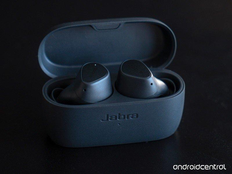 jabra-elite-3-open-case.jpg