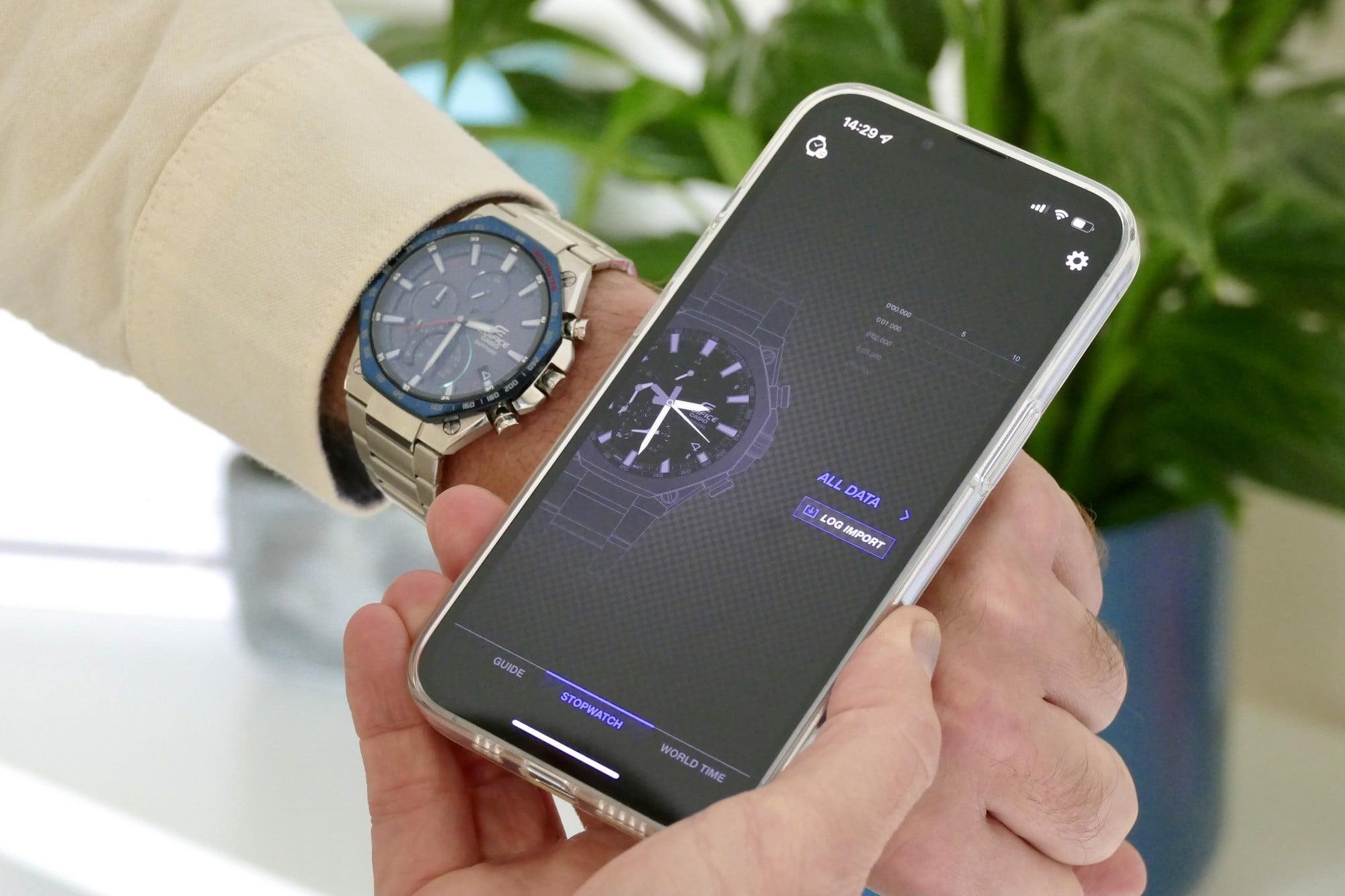 The Casio Edifice EQB-1100's app.