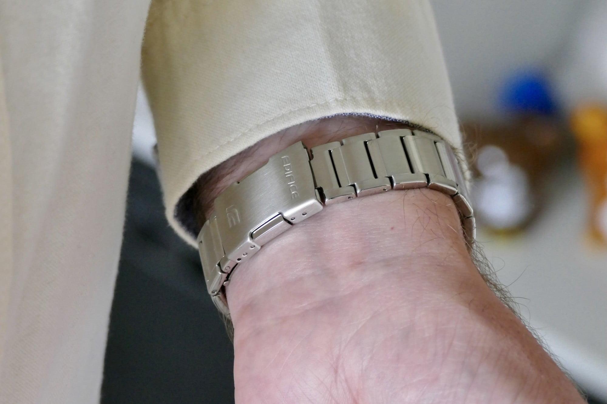 The bracelet clasp on the Casio Edifice EQB-1100.