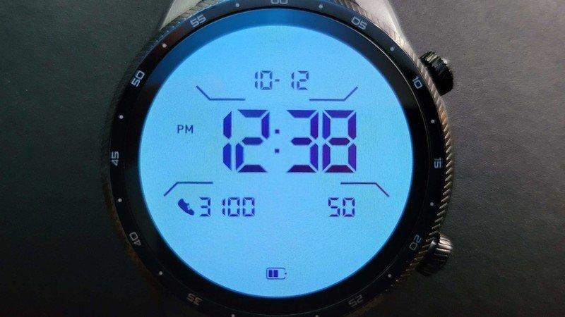 ticwatch-pro-3-ultra-gps-lifestyle-020.j