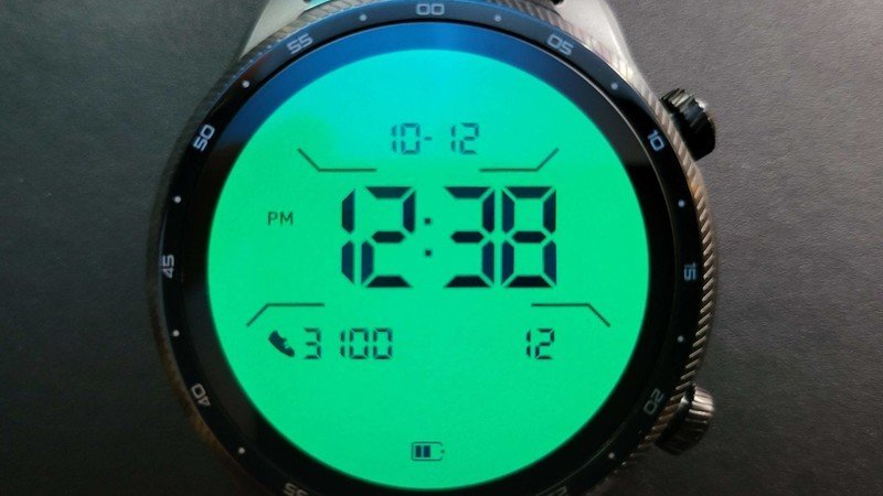 ticwatch-pro-3-ultra-gps-lifestyle-018.j
