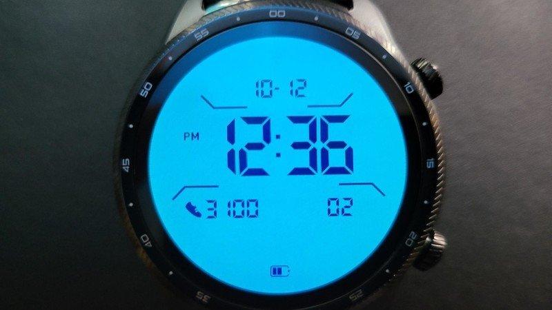ticwatch-pro-3-ultra-gps-lifestyle-014.j