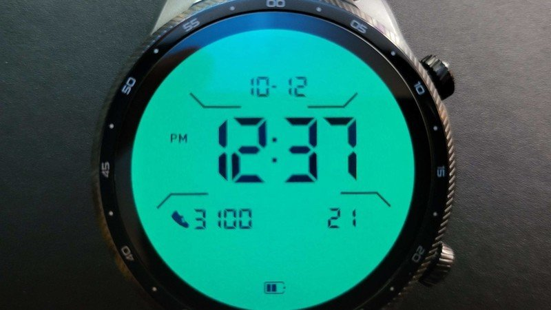 ticwatch-pro-3-ultra-gps-lifestyle-017.j