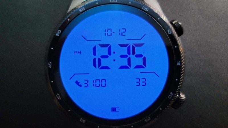 ticwatch-pro-3-ultra-gps-lifestyle-013.j