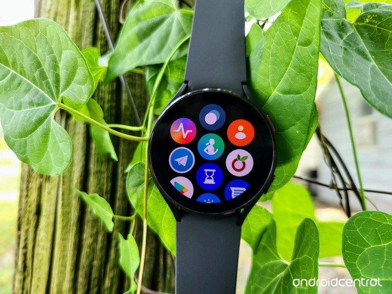 samsung-galaxy-watch-4-lifestyle-05.jpg