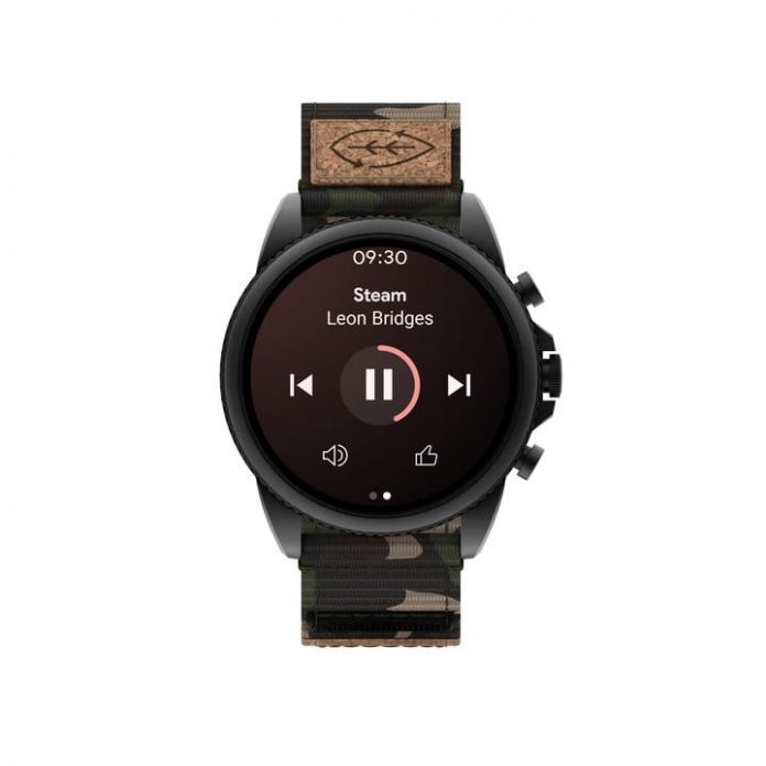 The Moto 360 and other older Wear OS watches can now download YouTube Music